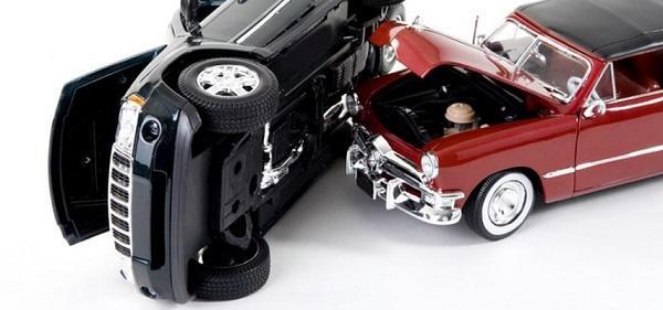 Как быстро продать битый автомобиль без ремонта и где
