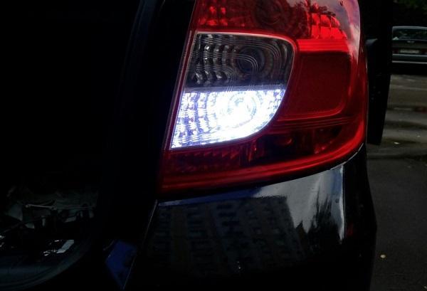 Не горят фонари заднего хода: почему не работает свет, как проверить выключатель (лягушку), где находится предохранитель ламп ВАЗ
